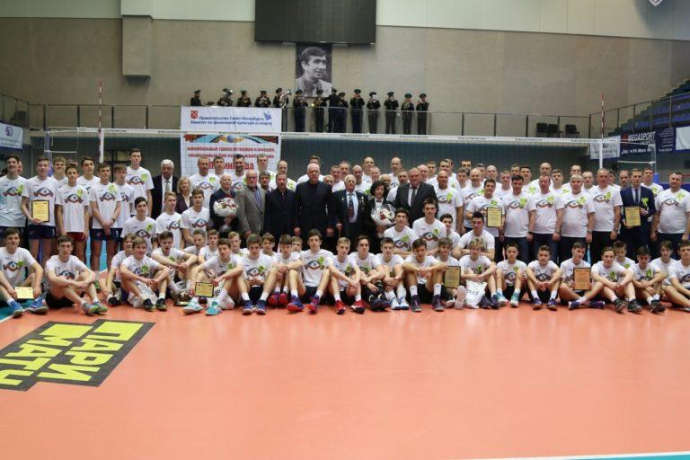 Традиционный турнир по волейболу в Санкт-Петербурге