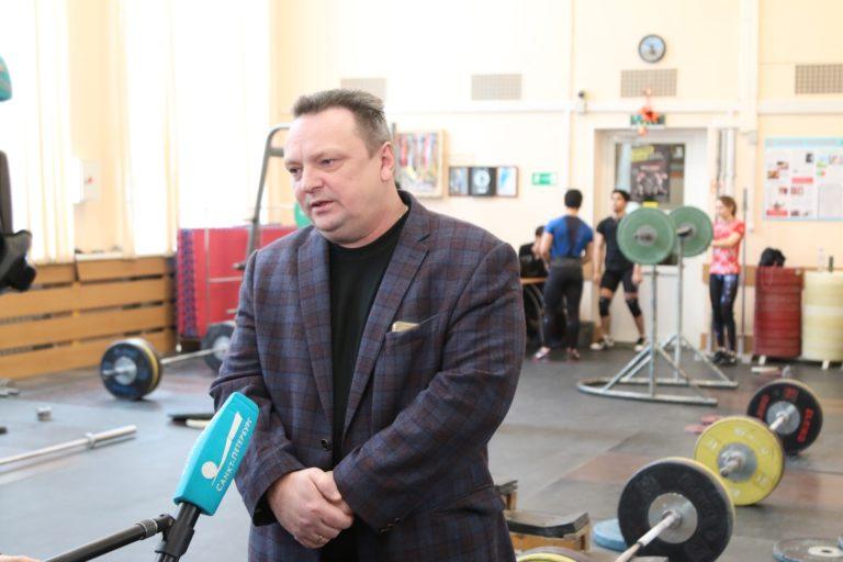 ДЕТКОВУ Константину Владимировичу присвоено звание «Заслуженный тренер России».