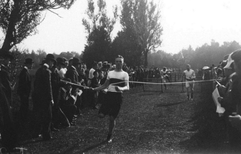 6 августа 1888 г.- п.Тярлево (Санкт-Петербург) зародилась легкая атлетика России.